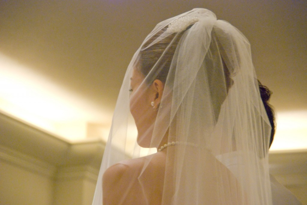 """寿里さんと小野麻亜矢さん""""いい夫婦の日""""に結婚。他にいい夫婦の日に結婚した有名人"""